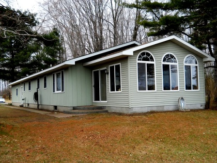 Three bedroom home on Cedar Lake