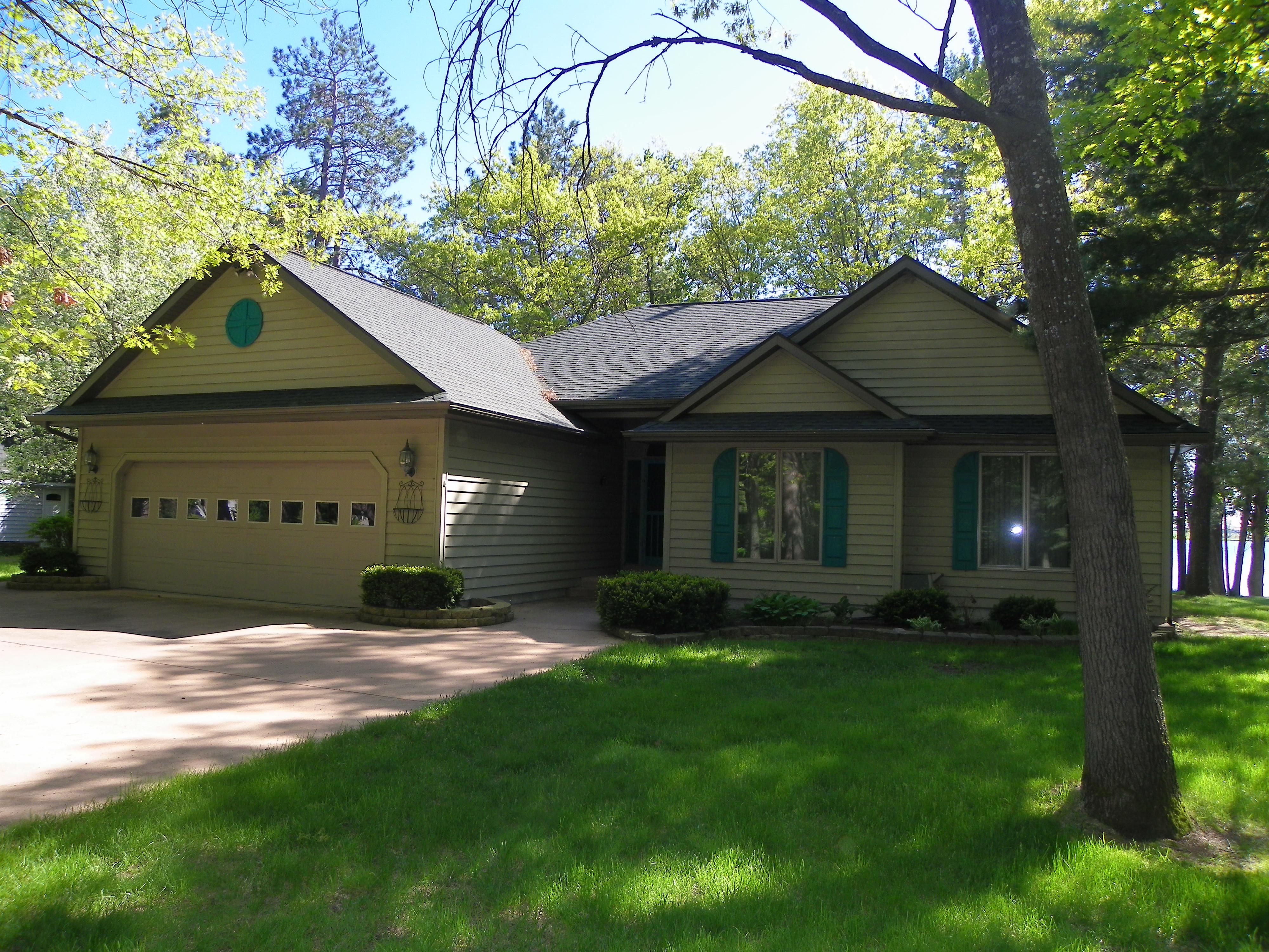 Beautiful Van Etten Lake Home