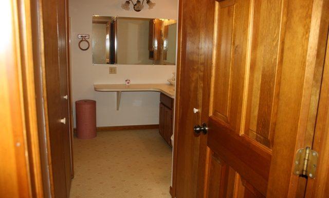 hall bath-1