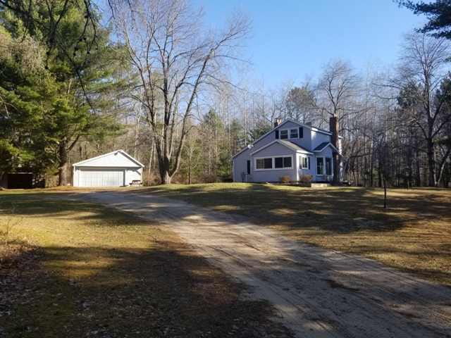 Home with 10 acres – Harrisville