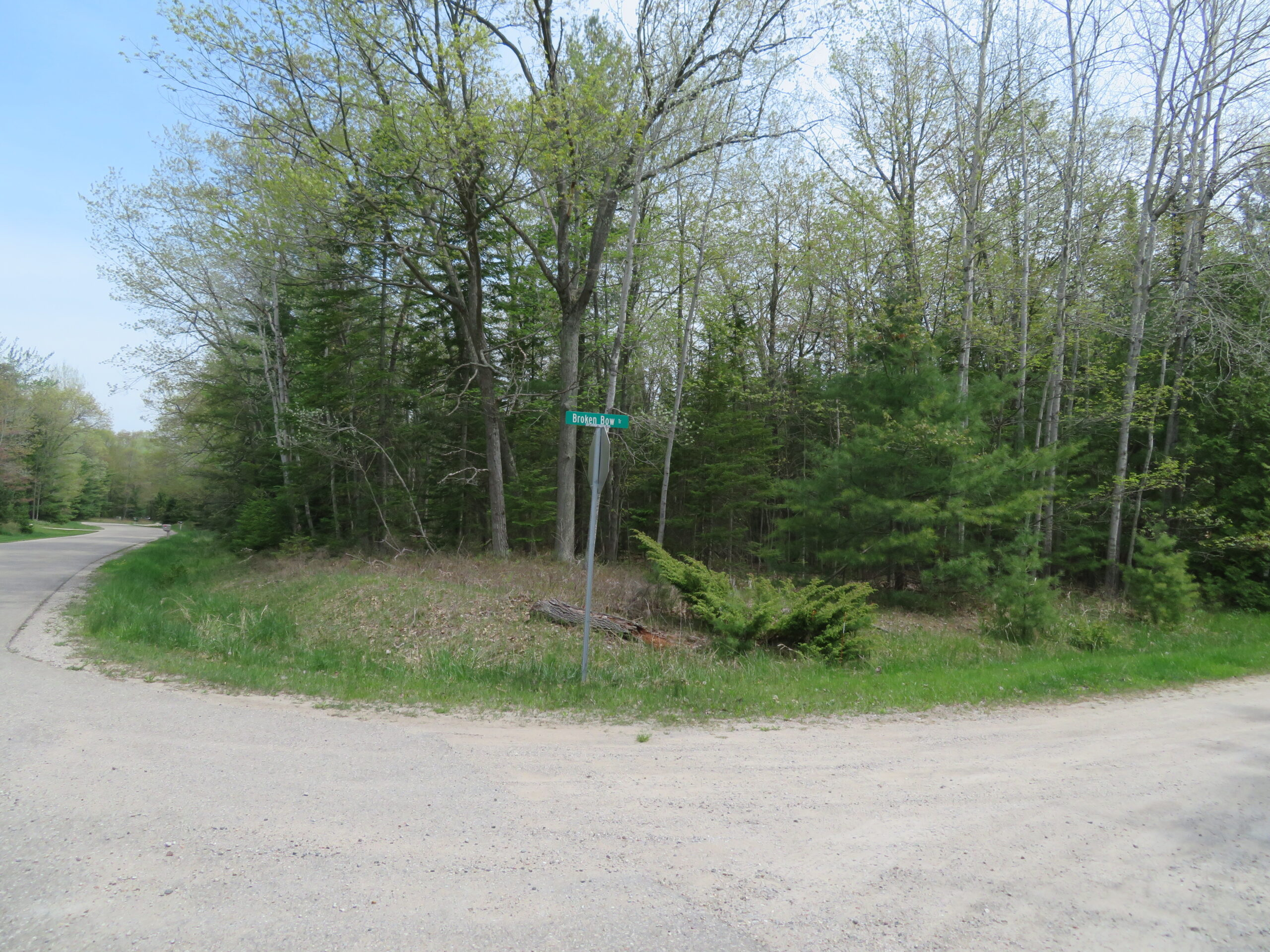 Vacant Lot in Lakewood Shores: 088-21-0033